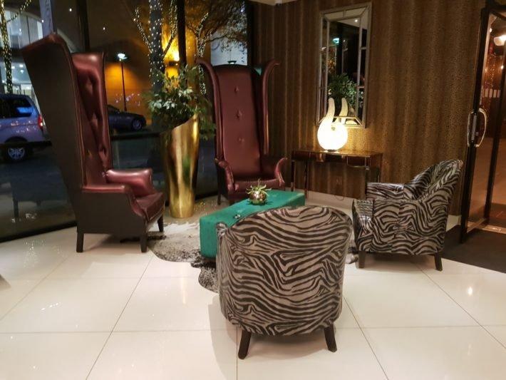 Hall de Entrada, Signature Lux Hotel Sandton, Joanesburgo, África do Sul