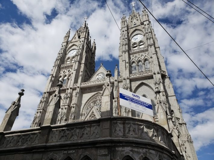 Basílica do Voto Nacional, Quito, Equador